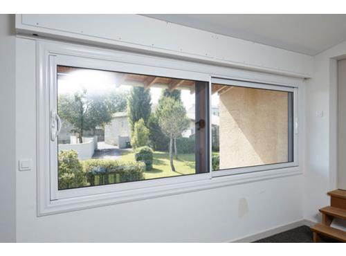 baie vitr e coulissante aluminium lumin a murs et fa ades. Black Bedroom Furniture Sets. Home Design Ideas