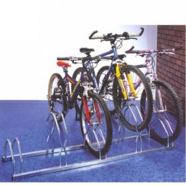 Râtelier 5 vélos côte à côte au sol