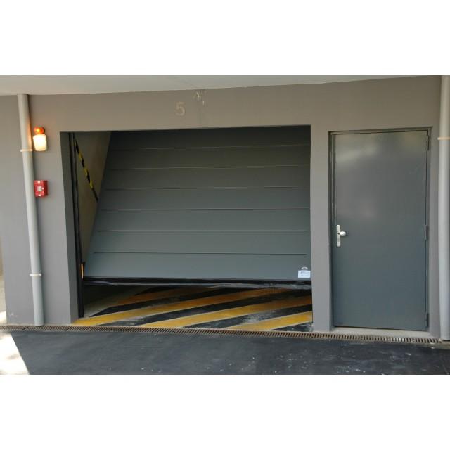 Porte basculante SAFIR Intro 2