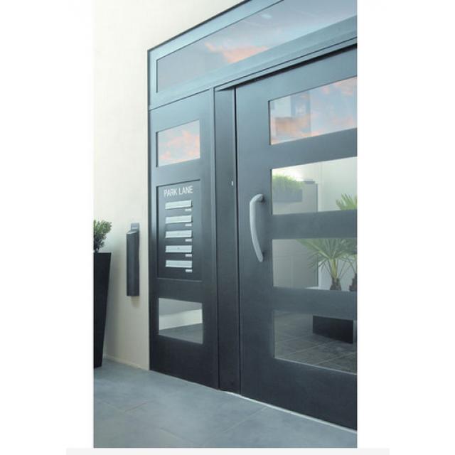 Porte de hall vitrée en quatre modèles anti pince doigts Vision Decayeux