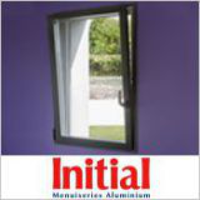 Fenêtre à ouvrant caché Initial Vision
