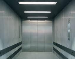Ascenseur Schindler 2600 - Spacieux et robuste. L'ascenseur du secteur industriel