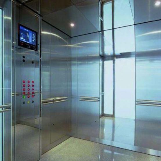 Ascenseur pour IGH jusqu'à 128 niveaux - Schindler 7000
