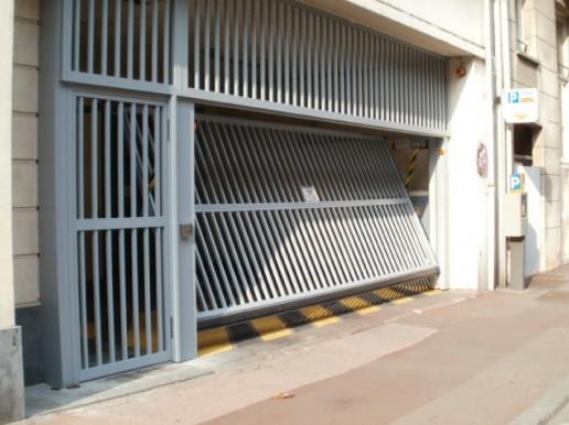 Portes de garage basculantes S400 Baro Spacio Safir