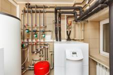 Chauffe-eau en copropriété : prix, installation, entretien et solutions