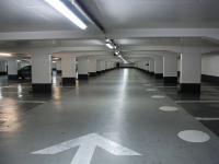 Largeur des places de parking en résidence : la loi