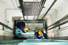 Remplacer un ascenseur : organiser les travaux, le budget, les désagréments et les solutions